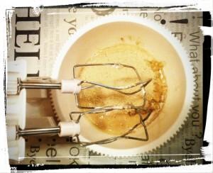 8. Añadir puré de platano y almendra - aggiungere il puré di banana e le mandorle