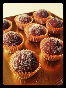 Bolitas de castañas y chocolate - Palline di castagne e cioccolato