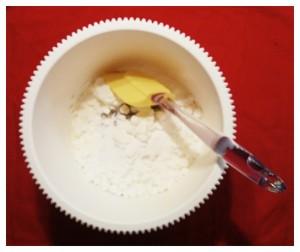 5. Añadir unos merengues y mezclar - aggiungere delle meringhe e mischiare